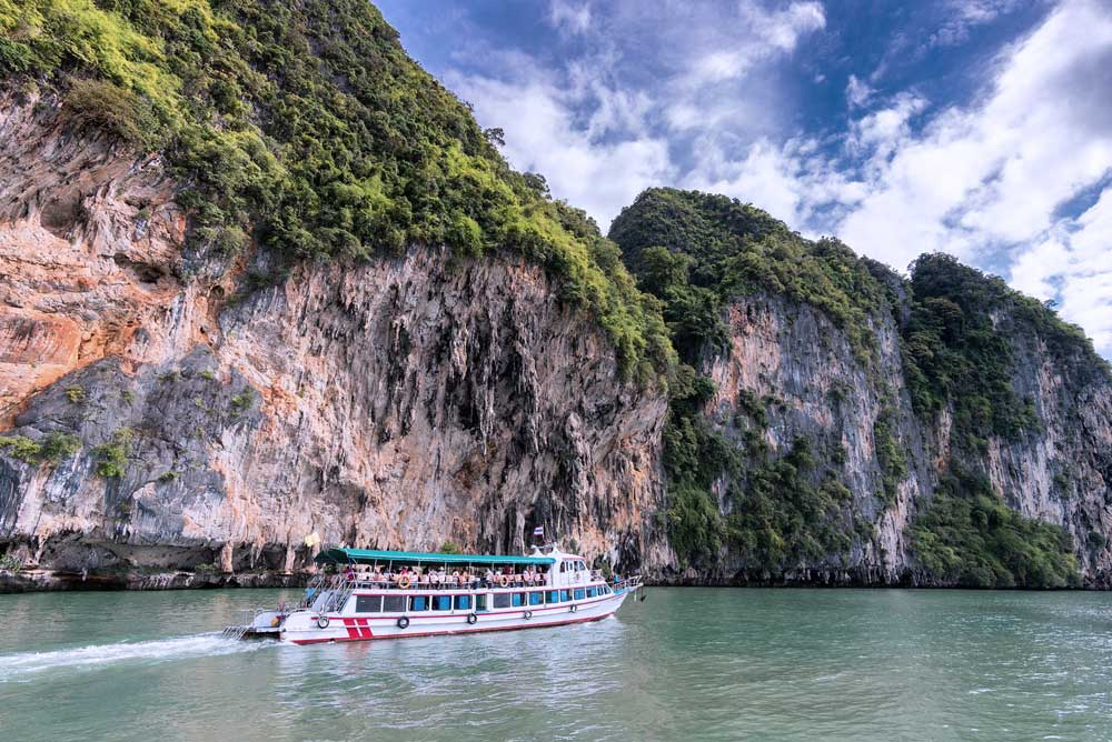 High 10 On-line Travel Sites
